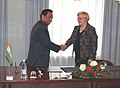 Kamal Nath meeting the Minister of Transport, Finland, Ms. Anu Vehviläinen, at the signing ceremony of the Memorandum of Co-operation on Road Transport at Helsinki, Finland on May 10, 2010.jpg