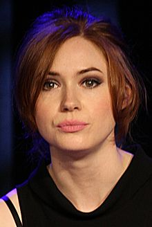 Karen Gillan January 2015.jpg