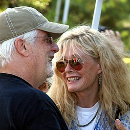 Carnes met Michael McDonald in 2008