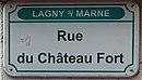 L1521 - Plaque de rue - Rue du Château Fort.jpg