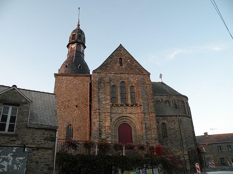 Église Saint-Jean-Baptiste de La Croixille: transept sud.