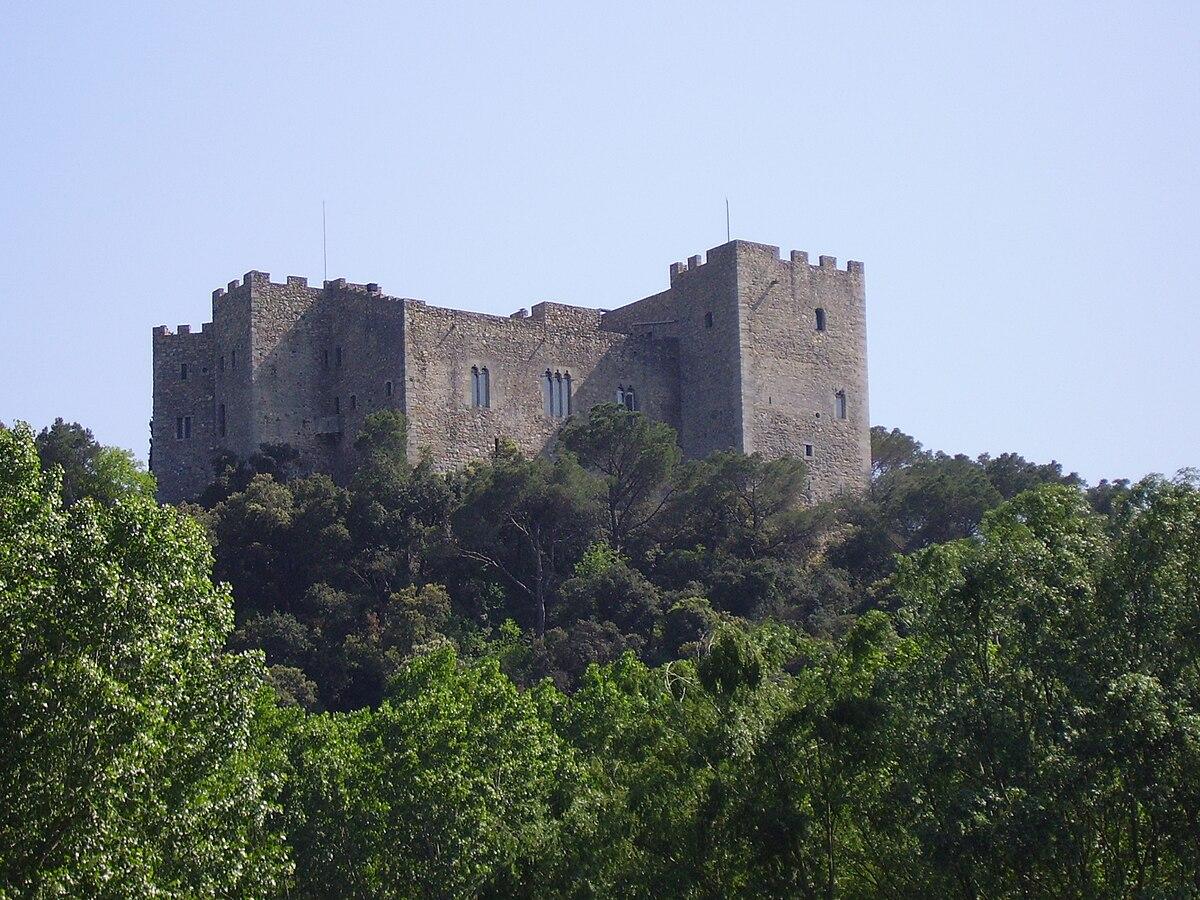 La roca del vall s wikipedia - Piscina la roca del valles ...