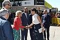 La alcaldesa en funciones acompaña a la Reina en la inauguración de la Feria del Libro 01.jpg