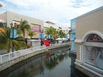 Cancún - La Isla Shopping Village