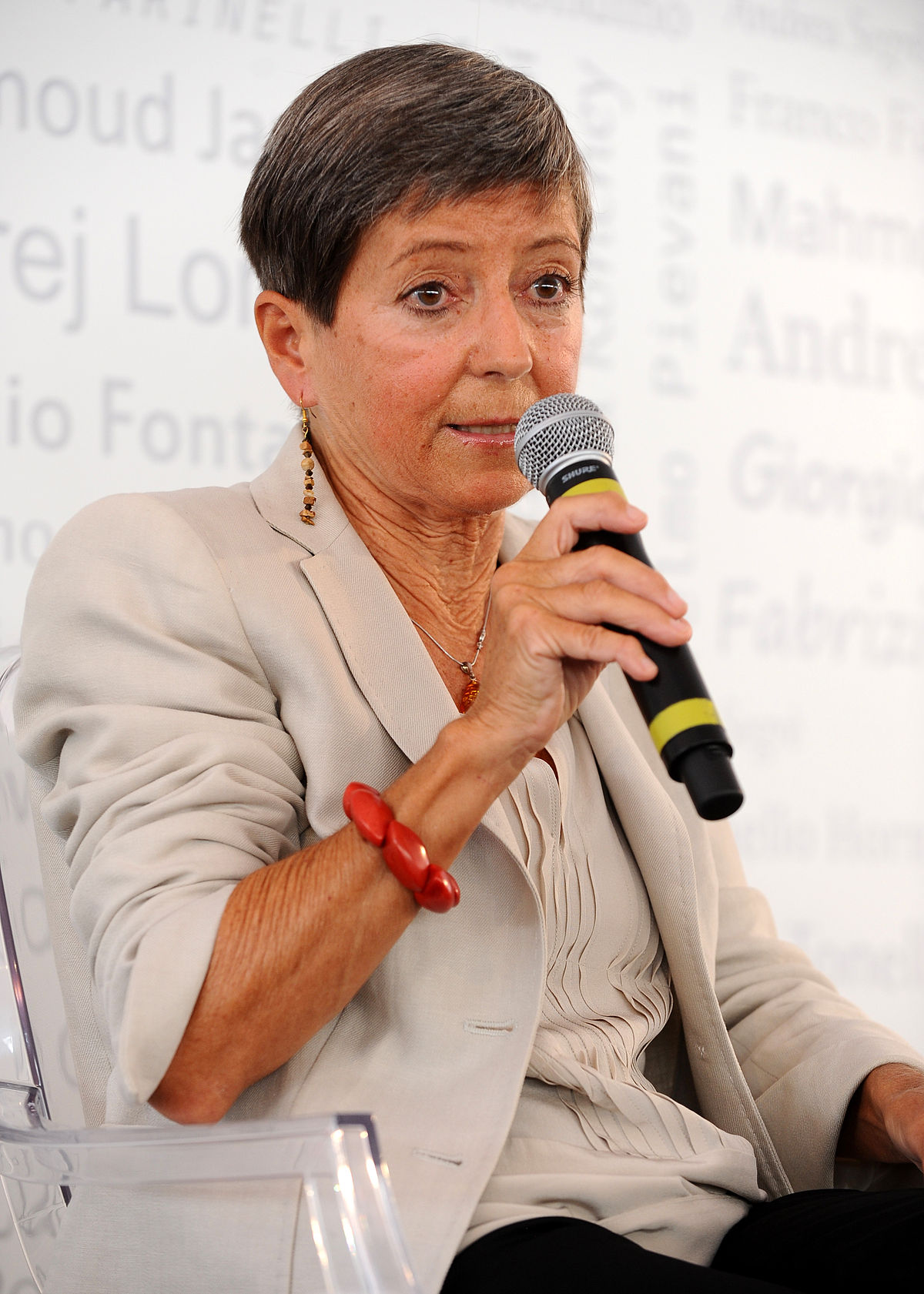 Laura Boella - Wikipedia
