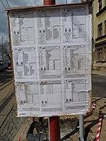 Liberec, Žitavská, zastávka Nádraží, jízdní řády na přenosném sloupku.jpg