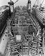 Liberty ship construction 07 bulkheads