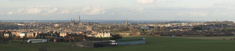 File:Lichfield Harehurst Hill.jpg