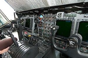 Lockheed Hercules MC-130H Combat Talon II Cockpit 1.jpg