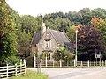 Lodge near Dukeries Garden Centre - geograph.org.uk - 556883.jpg