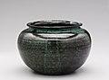 Low vase MET Ellison.2013.4.jpg