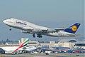 Lufthansa Boeing 747-400; D-ABVP@LAX;11.10.2011 623oq (7051574831).jpg