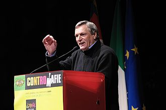 Libera. Associazioni, nomi e numeri contro le mafie - Luigi Ciotti speaking at a meeting of Libera in 2009