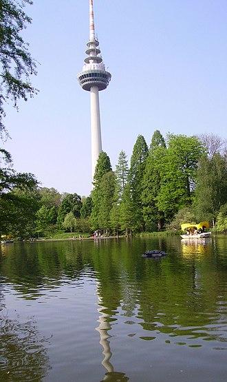 Luisenpark - Telecommunication tower and Kutzerweiher