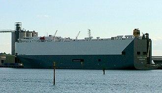 MV Hoegh Osaka - Image: MV Maersk Wind Cropped
