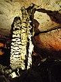 Magura cave, Hall of the stalactones - the big stalactone - Пещера Магурата, Зала на сталактоните - големият сталактон - panoramio (1).jpg