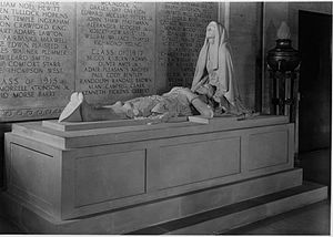 Robert Bacon - Malvina Hoffman, The Sacrifice, caen marble sculpture, 1922, Modern and Contemporary Art Museum, Harvard University