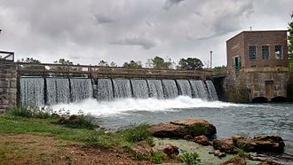 Mammoth Spring State Park - Hydroelectric dam on Spring River in Mammoth Spring State Park