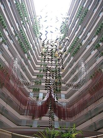 Marina Mandarin Singapore - Atrium in the Marina Mandarin Singapore