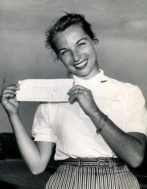 Marlene Hagge - Hagge in 1956