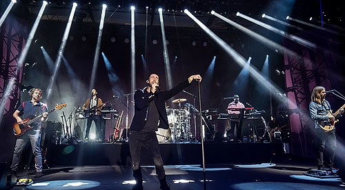 Maroon 5 has sold more than 120 million records, making them one of the world's best-selling music artists. Maroon 5 2016.jpg