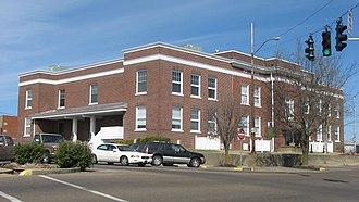 Marshall County, Kentucky - Image: Marshall County Courthouse, Benton