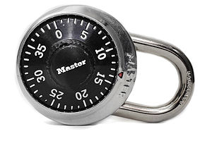 Masterlockpadlock.jpg