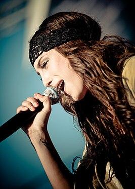 певица медина фото