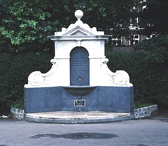 Sydenham - Drinking fountain erected to commemorate the 1897 Diamond Jubilee of Queen Victoria