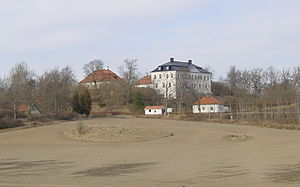 Mem Castle - The castle in 2002