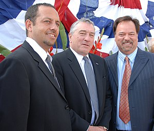 Men of Honor - Producer Robert Teitel, Robert De Niro, and screenwriter Scott Smith in September 2008