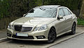 Mercedes-Benz E 350 CDI BlueEFFICIENCY Avantgarde Sport-Paket AMG (W 212) – Frontansicht, 3. April 2011, Wülfrath.jpg
