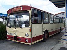 Autobus Mercedes-Benz O305 ad Heppenheim, Germania, in servizio scuolabus