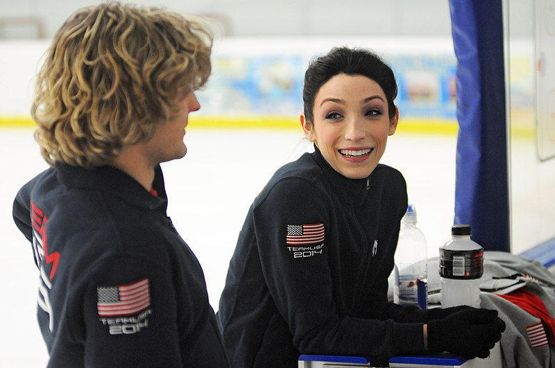 2014 : Two University of Michigan Students, Davis and White, Win America's First Gold Medal in Ice Dancing