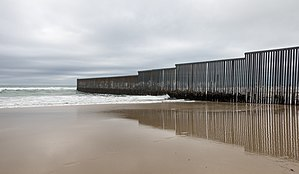 Mexico–United States barrier - The wall ending in the Pacific Ocean