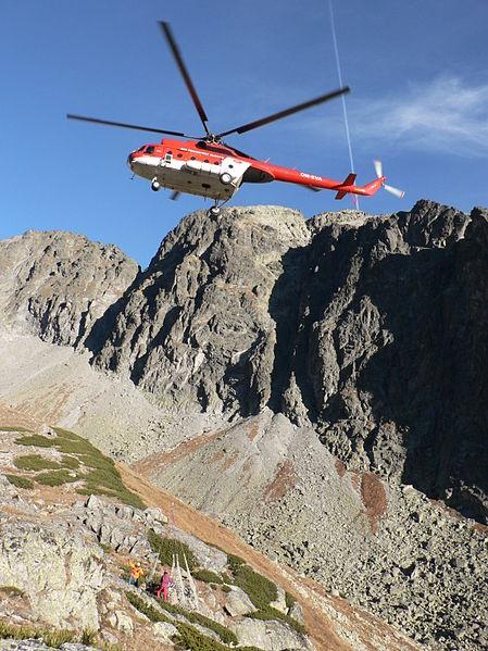 File:Mi-8 High Tatras Slovakia (10).jpg