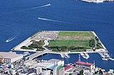 函館山から緑の島を眺める