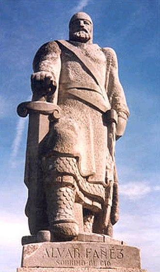 Álvar Fáñez - A statue of Álvar Fáñez by Joaquín Lucarini.