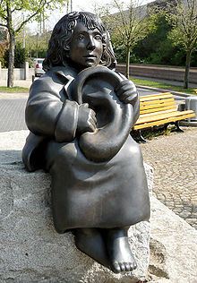 Momo Figuur Hannover.jpg