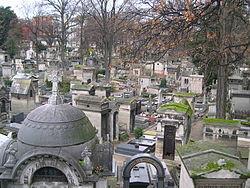 Monmartre Cemetery.JPG