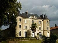Montbron château Lavaud (5).JPG