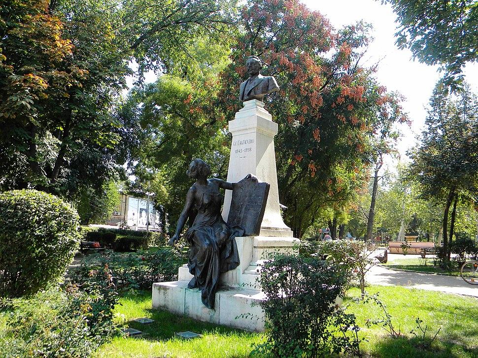 Monumentul lui G. C. Cantacuzino din Grădina Icoanei