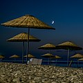 Moon over the beach - panoramio.jpg