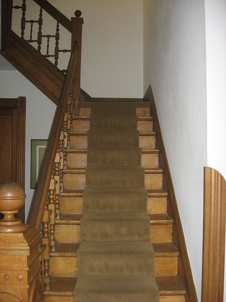 File Morgan House Bloomington Stairs Jpg Wikimedia Commons