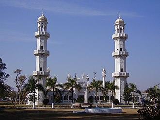 Jhelum Cantonment - Image: Mosque in Jhelum Cantonment Pakistan