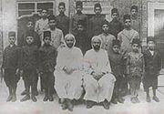 مفدي زكريا 180px-Moufdi_zakaria_a_tunis_1924