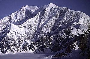 Mount Logan von Südosten