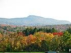 Monte Norwottuck en otoño.jpg
