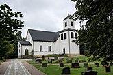 Fil:Näsby kyrka Exteriör 1.JPG