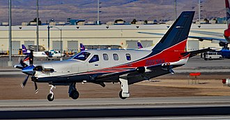 SOCATA TBM - A TBM 900 just prior to landing, November 2015